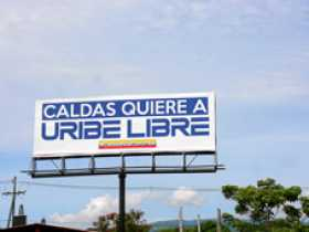 Firmes con Uribe