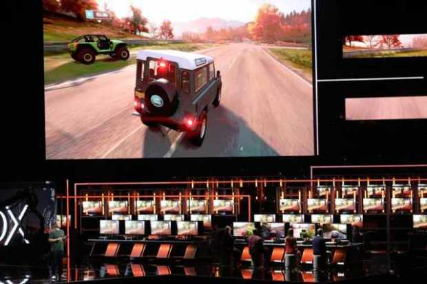 Gamers prueban The Forza Horizon 4.